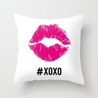 #xoxo Throw Pillow
