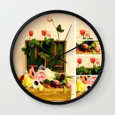 Travel happiness Wall Clock
