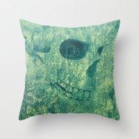 Grunge Skull Green Throw Pillow