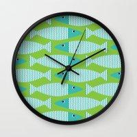 Wavy Bass - lime Wall Clock