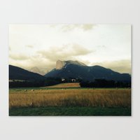 Harvest before rain Canvas Print