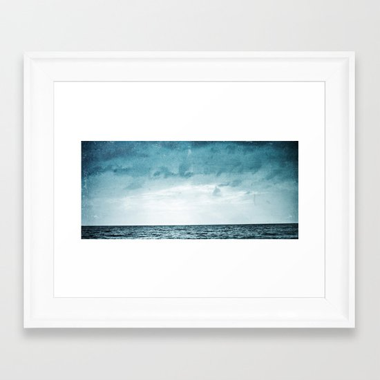 L'île invisible . . . Framed Art Print