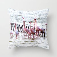 Flamingos dancing Throw Pillow