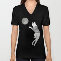 Cat trying to catch the Moon Unisex V-Neck