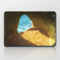 A window to the sea iPad Case