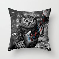 The Hoo Throw Pillow