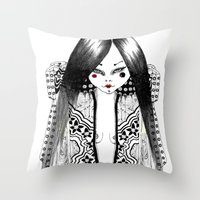 Ma Petite Japonaise Throw Pillow