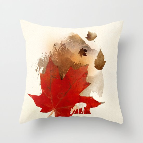 Autmn is coming Throw Pillow