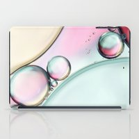 Aqua Fresh Bubble Abstra… iPad Case