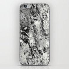 Warfare In Black And Whi… iPhone & iPod Skin