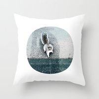 I LIVE IN A DREAM Throw Pillow