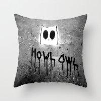Howl Owl Graffiti Throw Pillow