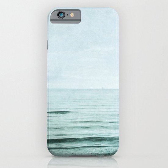 distance I iPhone & iPod Case