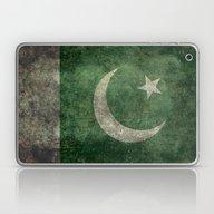 The National Flag Of Pak… Laptop & iPad Skin