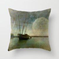 Shipwreck on Lake Ontario Throw Pillow