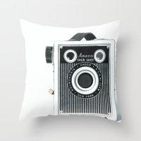 Box Camera Retro - Photo… Throw Pillow