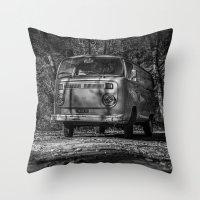VwT2-n.11 Throw Pillow