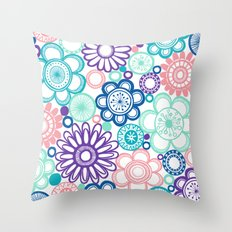 BOLD & BEAUTIFUL fresh Throw Pillow