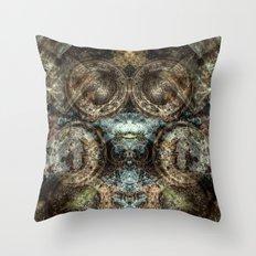 Cazador / Hunter Throw Pillow