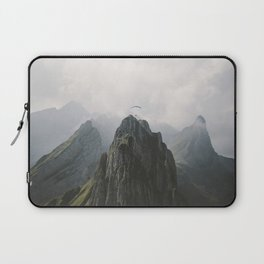 Laptop Sleeve - Flying Mountain Explorer - Landscape Photography - regnumsaturni