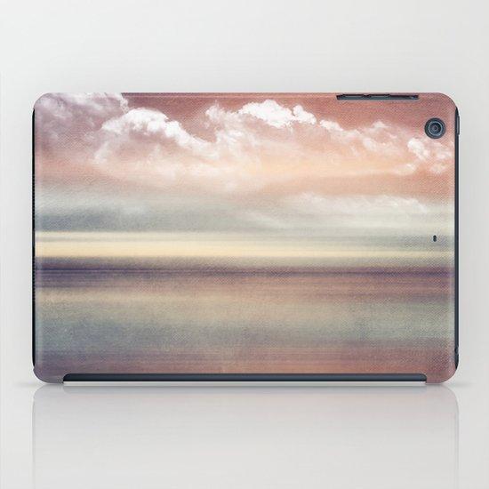FADING MEMORIES iPad Case