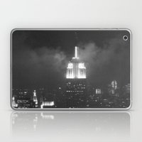 Gotham city in black and white Laptop & iPad Skin