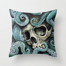 Please my love, don't die so far from the sea... Throw Pillow