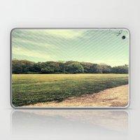 field. Laptop & iPad Skin