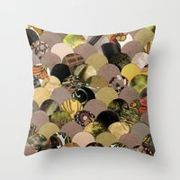 Autumn Scalloped Pattern Throw Pillow