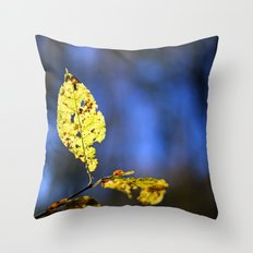 AUTUMN LEAF ON BLUE Throw Pillow