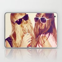 it girls Laptop & iPad Skin
