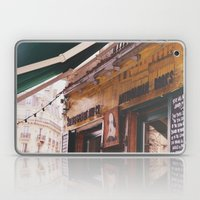 Shakespeare and co Laptop & iPad Skin