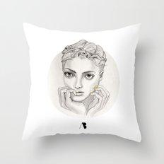 MY FAIR BRAIDY // CIRCLE Throw Pillow