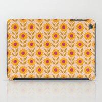 Retro Bloom Light 7 iPad Case