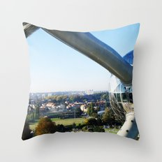 Belgium - Atomium Throw Pillow