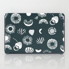 Seaflower mono iPad Case