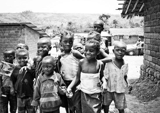 Kids in Africa II Art Print
