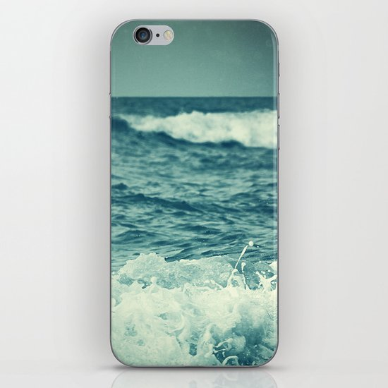 The Sea IV. iPhone & iPod Skin