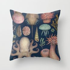 Aequoreus Vita Throw Pillow