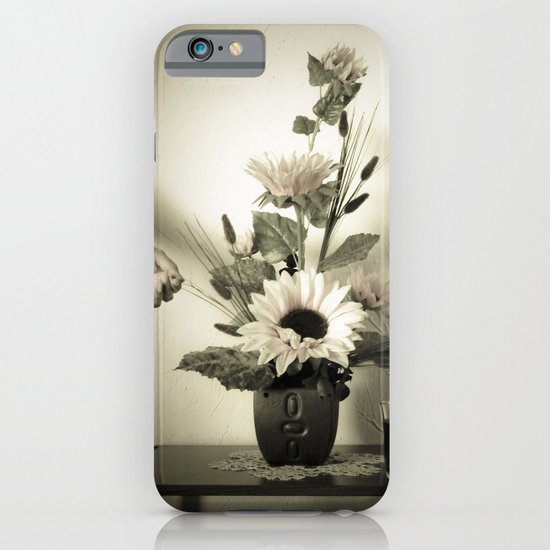 Natura Artificial iPhone & iPod Case