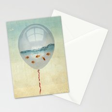 balloon fish o2, freedom in a bubble Stationery Cards