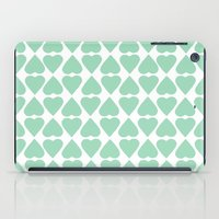 Diamond Hearts Repeat Mi… iPad Case