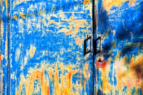 Blue rusty door Canvas Print