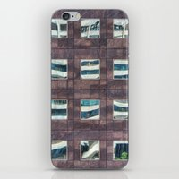 24 iPhone & iPod Skin