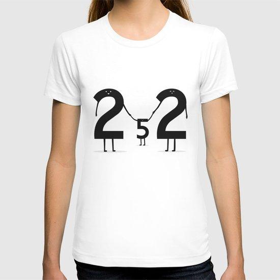 2 + 2 = 5 T-shirt