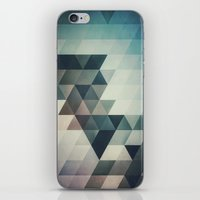 Lyrnynngg Cyyrrvve iPhone & iPod Skin