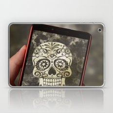Scary Selfie Laptop & iPad Skin