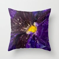 Dressed in gold and dew Throw Pillow