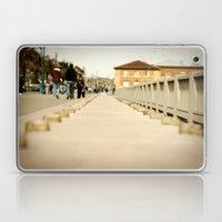 Walking down the Embarcadero in San Francisco Laptop & iPad Skin