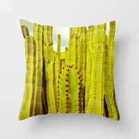 E. Canariensis Throw Pillow
